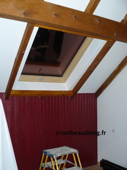 habillage fenetre de toit habillage interieur fenetre de toit le mans bois ahurissant jeux d. Black Bedroom Furniture Sets. Home Design Ideas