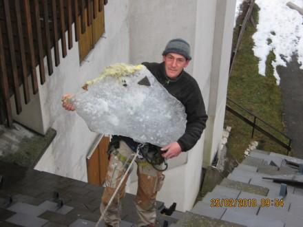 Intervention pour une chute de bloc de glace