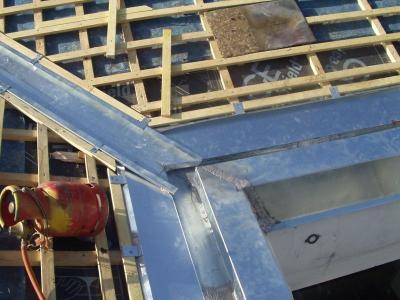 B timent brique materiaux zinguerie toiture for Materiaux toiture
